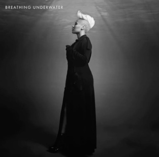 emeli-sande-breathing-underwater